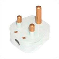 India BS546 15 Amp 250 Volt White Down Angle Entry Male Plug